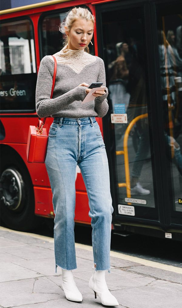 no-one-is-wearing-mum-jeans-like-this-anymore-2170032.600x0c